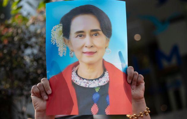 Il golpe birmano e la regressione della