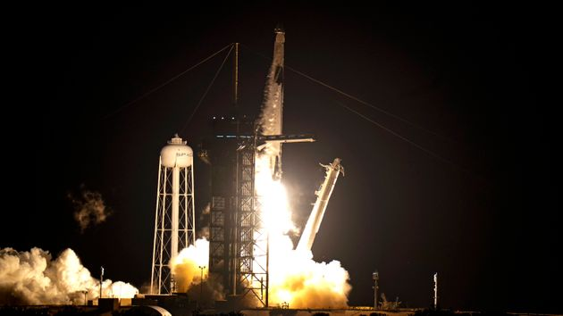 Αποστολή Inspiration4: Αποστολή ερασιτεχνών αστροναυτών στο Διάστημα με διαγωνισμό από τη