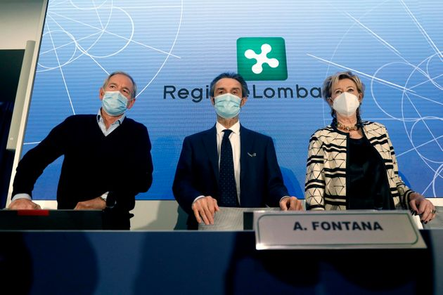 Stefano Bertolaso, Attilio Fontana e Letizia Moratti alla conferenza stampa sulle vaccinazioni anti Covid...