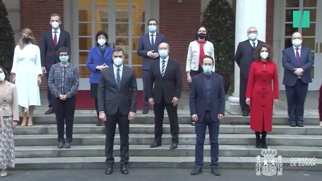 Los ministros posan en una nueva foto de