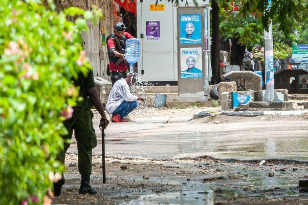 Η Τανζανία δεν έχει κανένα σχέδιο εμβολιασμών, επειδή θεωρεί το εμβόλιο
