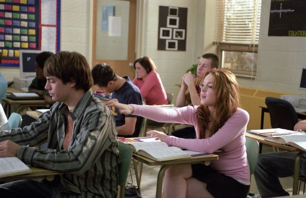Jonathan Bennett and Lindsay Lohan in one of their classroom