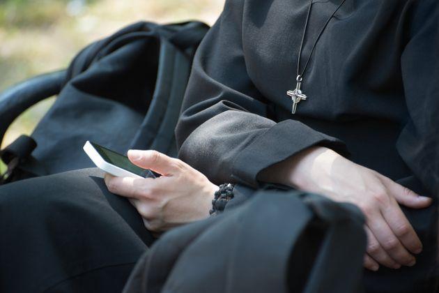 Γερμανία: Μοναχές «νοίκιαζαν» ορφανά σε ιερείς και επιχειρηματίες για