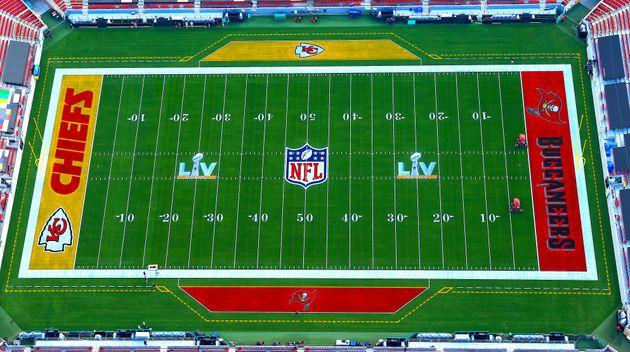 スーパーボウル王座決定戦が行われるタンパ・レイモンド・ジェームズ・スタジアムの上空からの様子(2021年1月31日撮影)