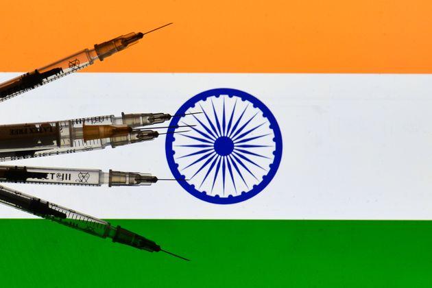 H Pfizer απέσυρε την αίτηση έγκρισης του εμβολίου στην Ινδία γιατί απαιτεί τοπική