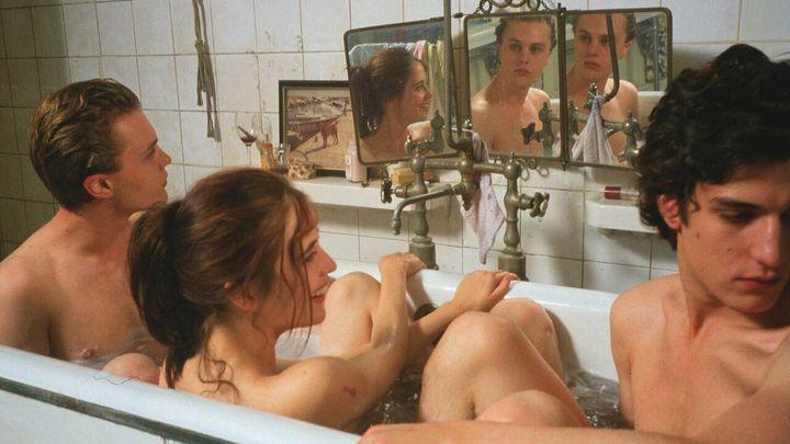 Michael Pitt, Eva Green y Louis Garrel en 'Soñadores'.