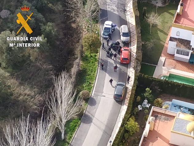 Un hombre es detenido por presuntamente apuñalar a una mujer en Albolote,