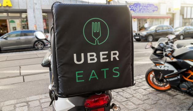 Couriers Say 'Demoralizing' New Uber Eats Pay System Is Cutting Their
