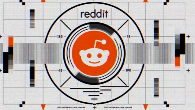 Reddit Crashes Super Bowl With 5-Second Ad.jpg