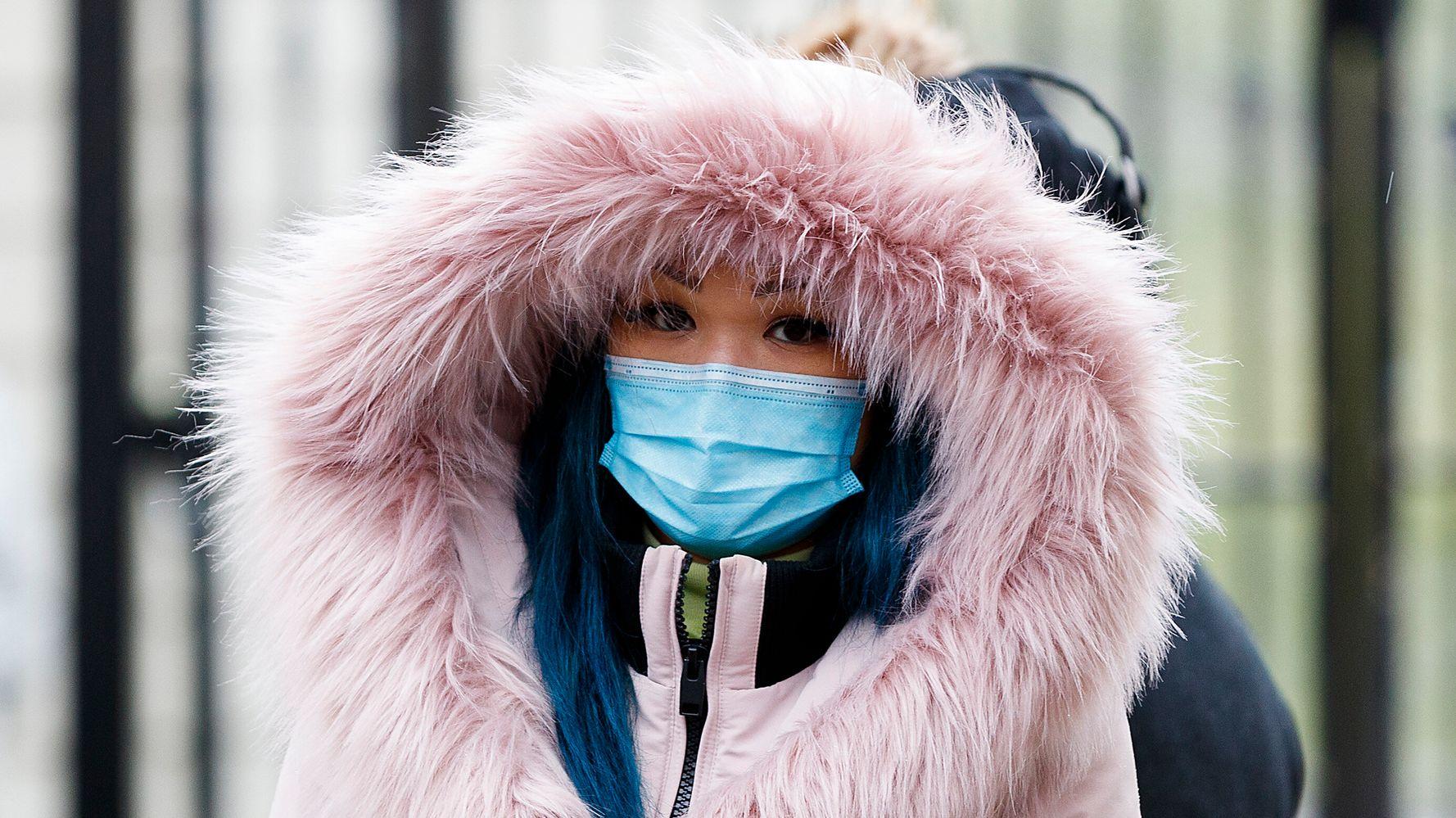 Как часто мы должны чистить одежду во время пандемии COVID-19?