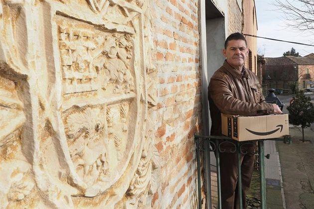 Miguel Ángel Gómez, alcalde de Villafrechós, que prepara un novedoso proyecto para...