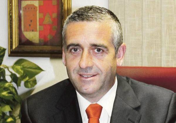 Carlos Gil, diputado provincial del PP y alcalde de Benavites