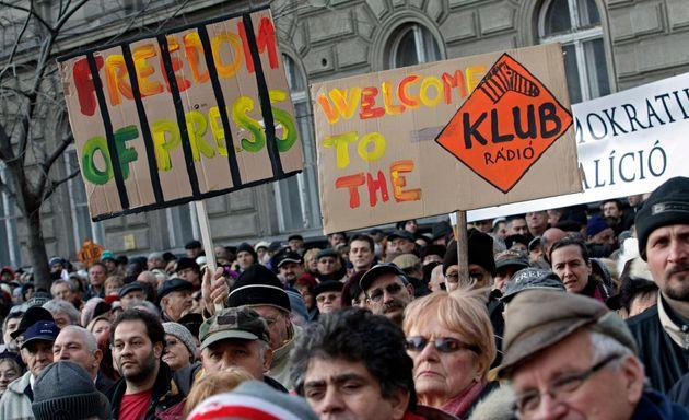 Sarà spenta Klubradio, l'ultima radio indipendente in Ungheria