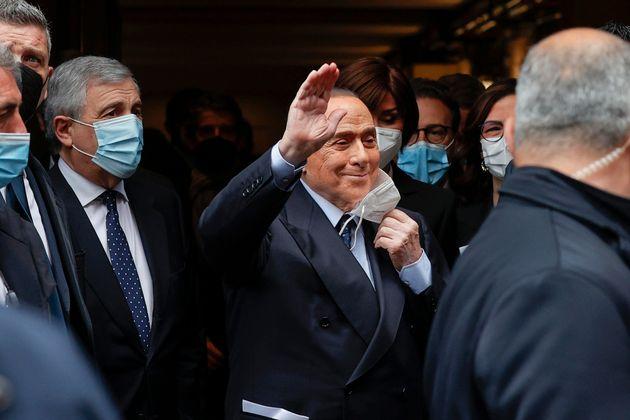 Silvio Berlusconi arriva alla Camera per partecipare alle consultazioni di Mario Draghi, Roma, 9 febbraio...