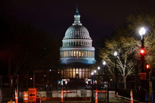 Προχωρά η δίκη Τραμπ: Η Γερουσία ψήφισε υπέρ της συνταγματικότητας της δίκης πρώην