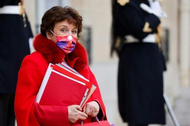 La ministre de la Culture Roselyne Bachelot sur le perron de l'Elysée, le 6 janvier 2021 à