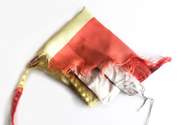 Imagen de una bandera decolorida que ha