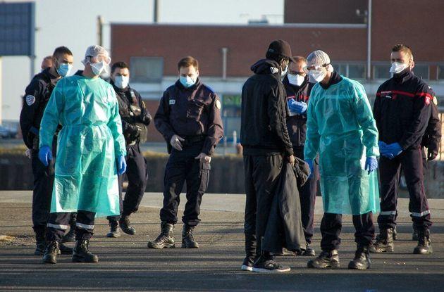 Dans la région du Calaisis, seulement 8 cas de coronavirus ont été enregistrés par les migrants depuis...