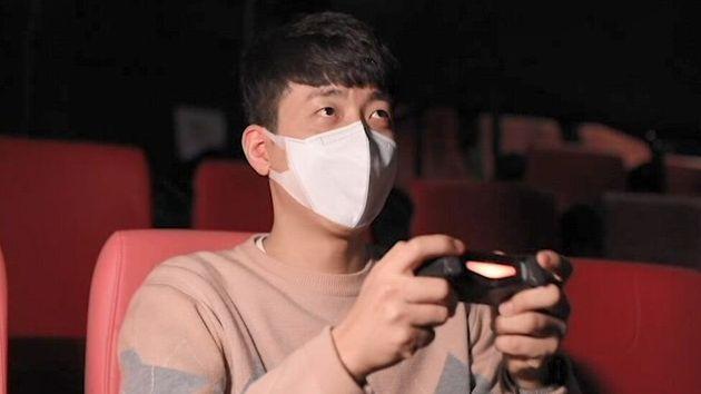 I cinema ora affittano i loro schermi ai gamers (per tamponare le