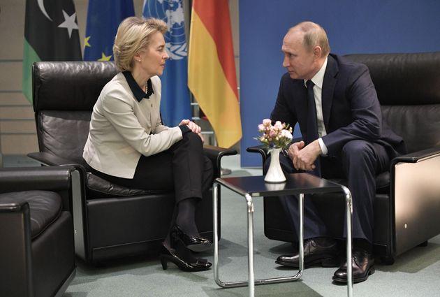 La Russia provoca, la linea soft d'Europa va in