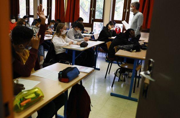 À Dunkerque aussi, collèges et lycées restent ouverts malgré le variant anglais...