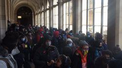 Une centaine de sans-abri hébergés après avoir occupé l'Hôtel-Dieu à