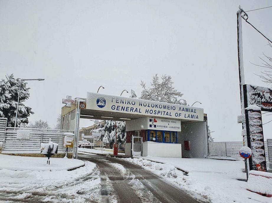 Φωτογραφίες από το πέρασμα της Μήδειας - Το χιόνι έντυσε τη μισή Ελλάδα στα