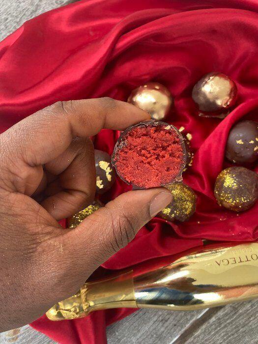 Oyaks' red velvet cake truffles