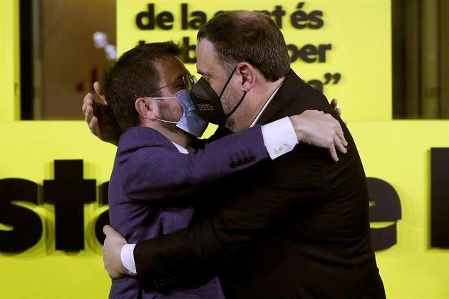El candidato de ERC a la presidencia de la Generalitat, Pere Aragonès, y el presidente del partido Oriol...