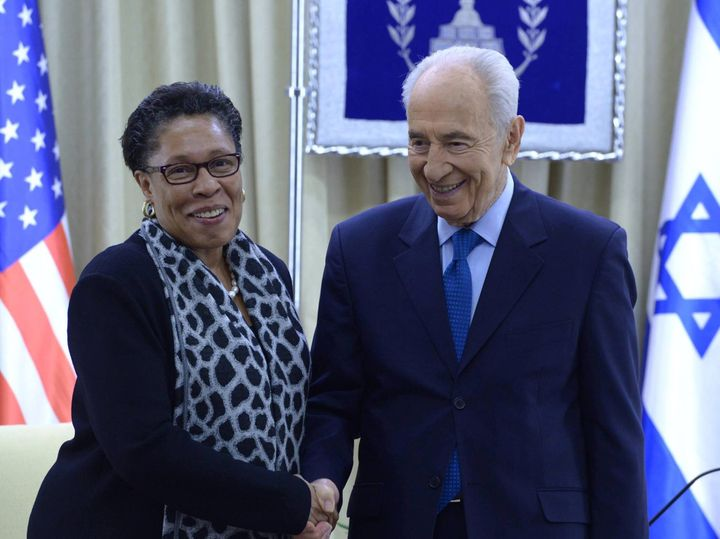 Rep. Marcia Fudge meets with then-Israeli President Shimon Peres in Feb. 2014. U.S.-Israel policy has become an issue in the