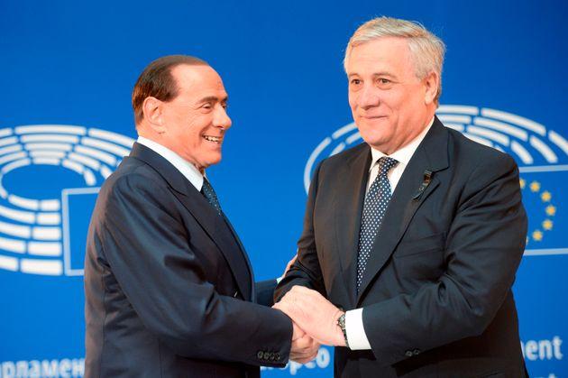 Berlusconi promuove Tajani ma è caos in Forza