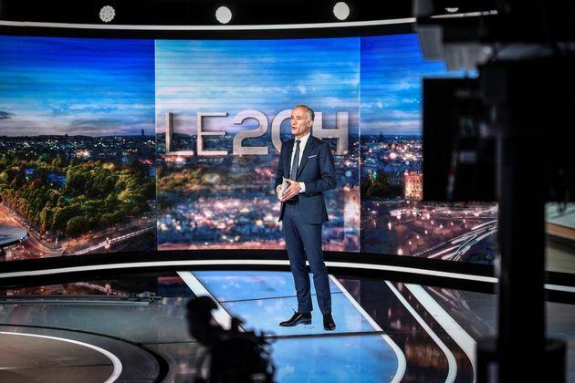 Le journaliste Gilles Bouleau présente le JT de 20h de TF1 (image