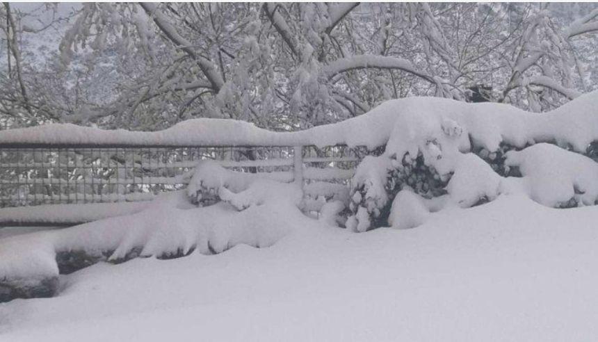 Στα λευκά όλη η χώρα - Στους -19,4 βαθμούς η θερμοκρασία στην Β.