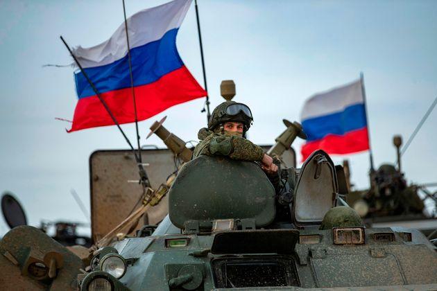 Ρώσοι περιπολούν μαζί...