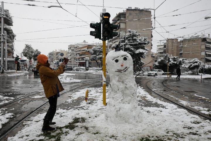 Χιονάνθρωπος στην πόλη