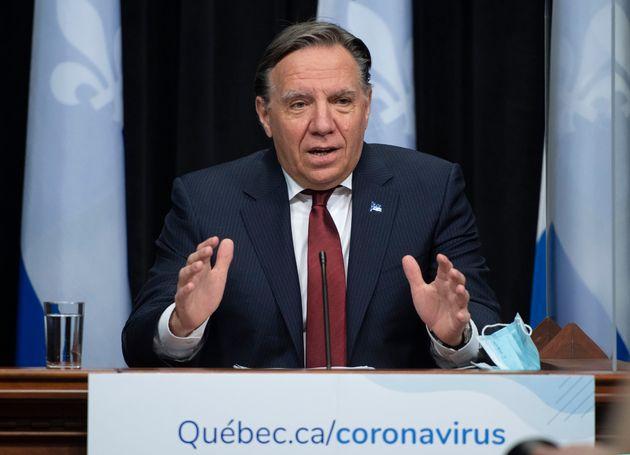 Le premier ministre François Legault a procédé avec parcimonie, mardi, se limitant...