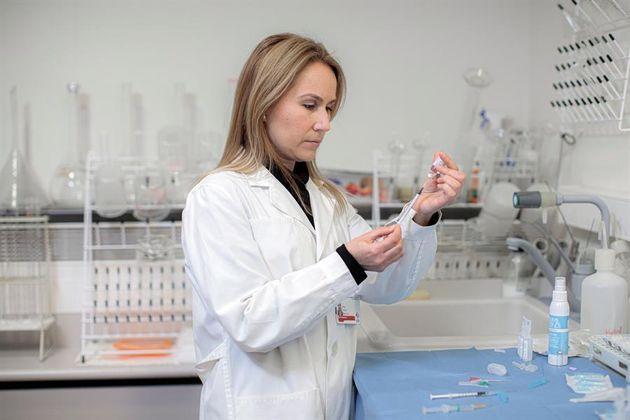 Ana Sola, enfermera del hospital Clínico de Valencia y profesora en la Universitat de