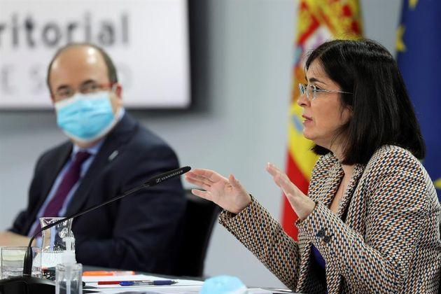 Los ministros Miquel Iceta y Carolina Darias, tras una reunión con las