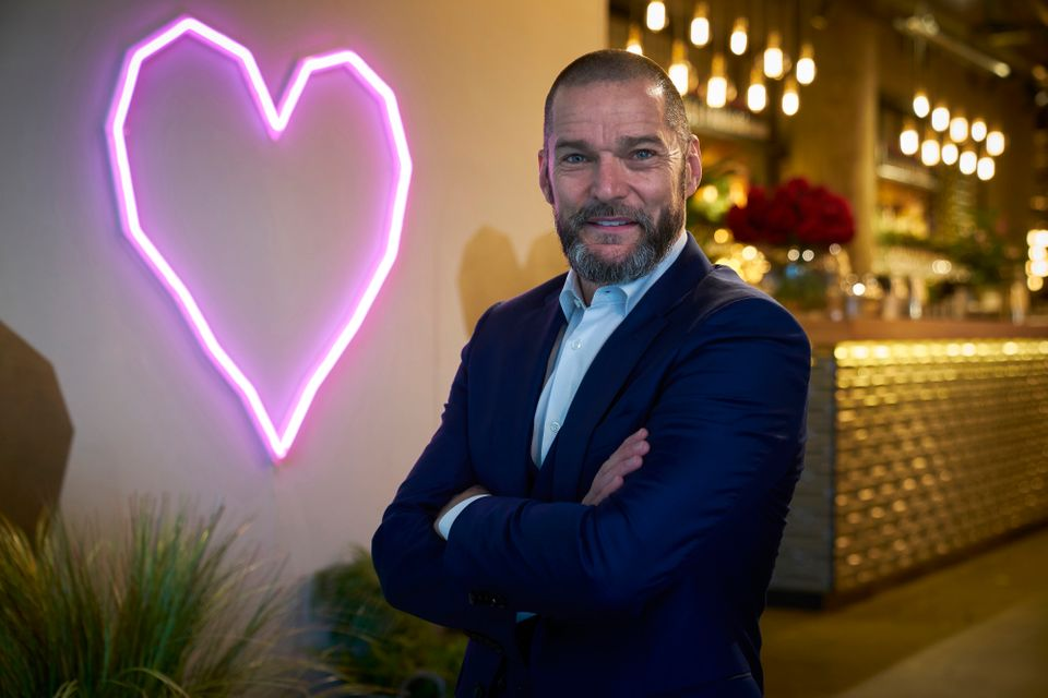 Fred in the First Dates restaurant in