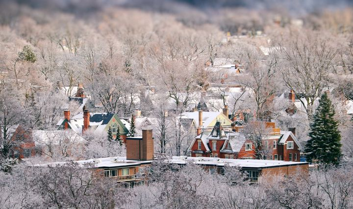 An aerial view of houses in Toronto, using a tilt-shift lens.