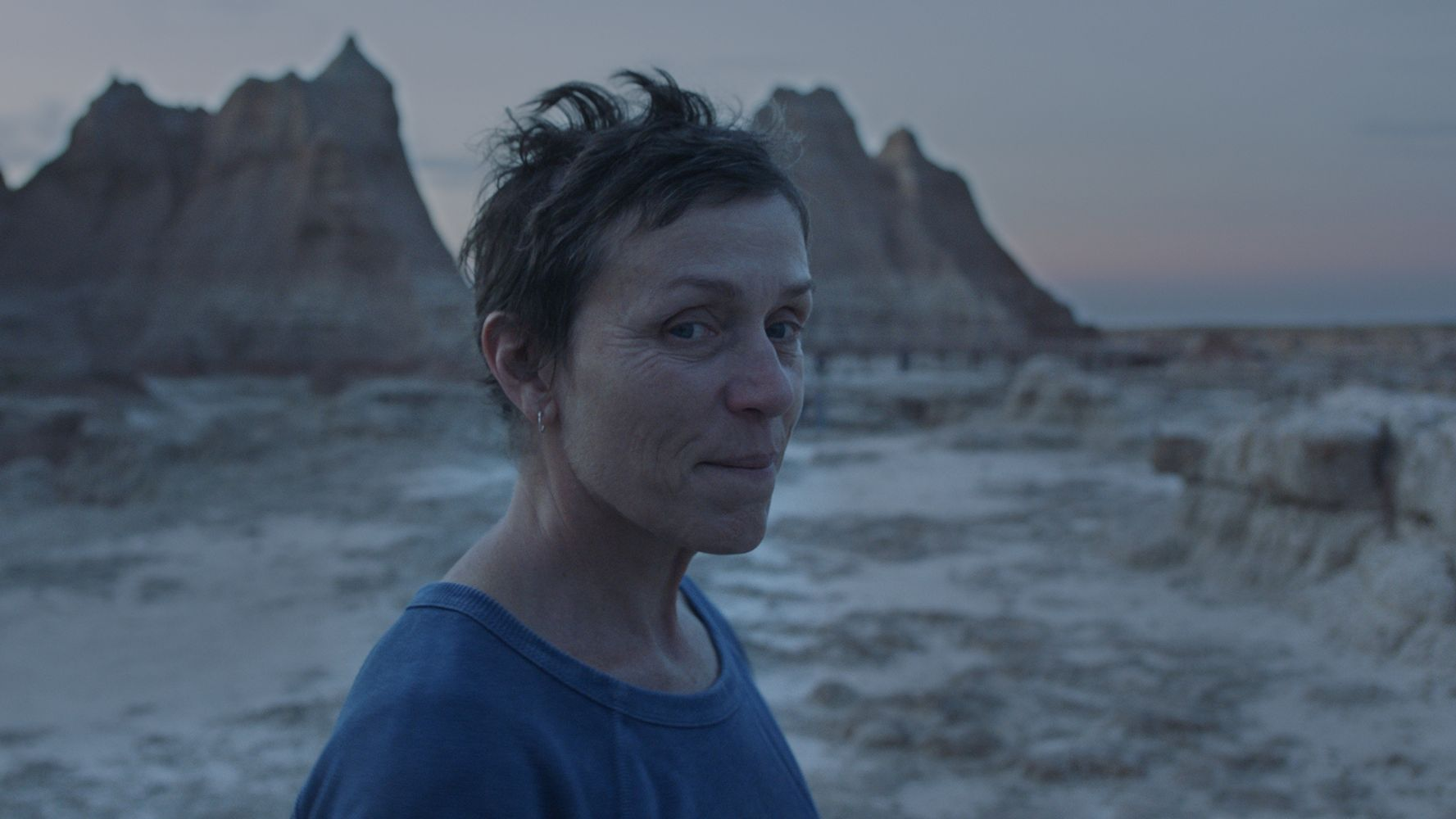 www.huffpost.com: 'Nomadland' Is An Astonishing Movie And A Worthy Oscar Front-Runner