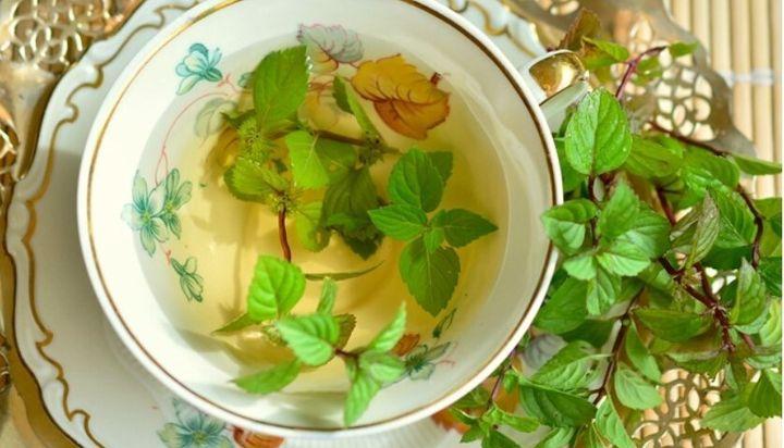 Πράσινο τσάι με μέντα και μανταρίνια