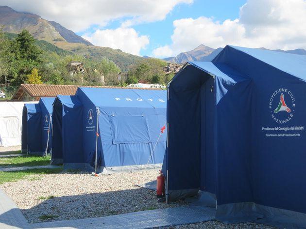 イタリアのテント型の避難所