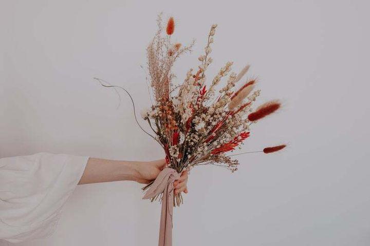 H Botanics Weddings via Etsy