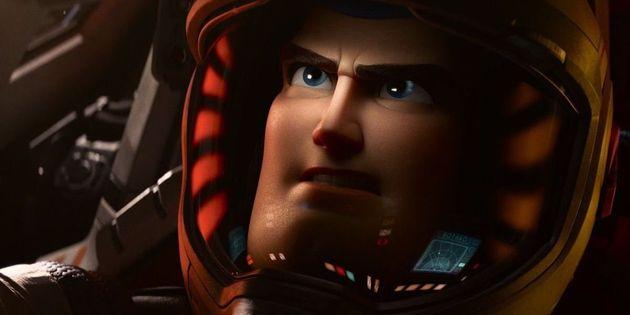 In attesa di diventare Buzz Lightyear, Chris Evans esulta per lo sbarco su