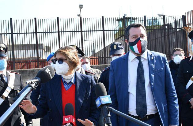 Matteo Salvini a Catania con l'avvocato Giulia