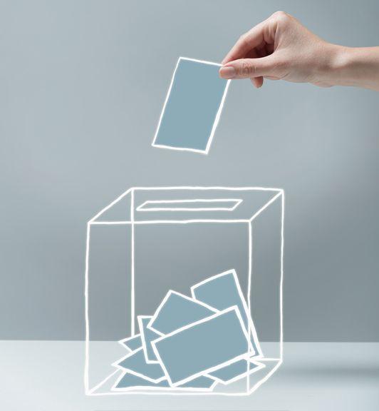 Sans doute l'acte de vote est-il plusrugueuxet moins naturel que notre quotidien digitalisé,...