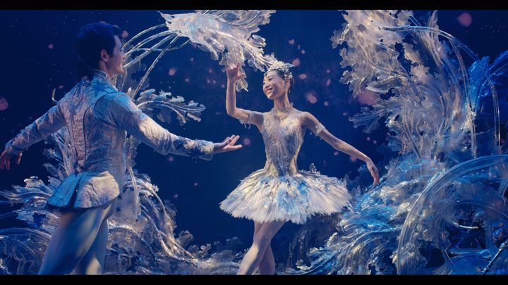 "Members of the Birmingham Royal Ballet appear in the ""Empty Stage"" video."
