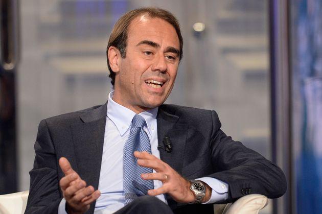 Andrea Cangini durante la trasmissione televisiva Porta a