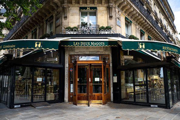 Στο Παρίσι του Τζέιμς Τζόις και του Χούλιο